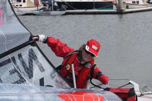Women preparing a boat