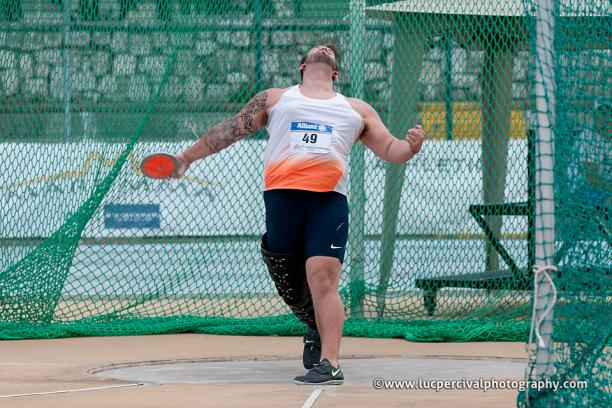 Aled Davies throwing a discus