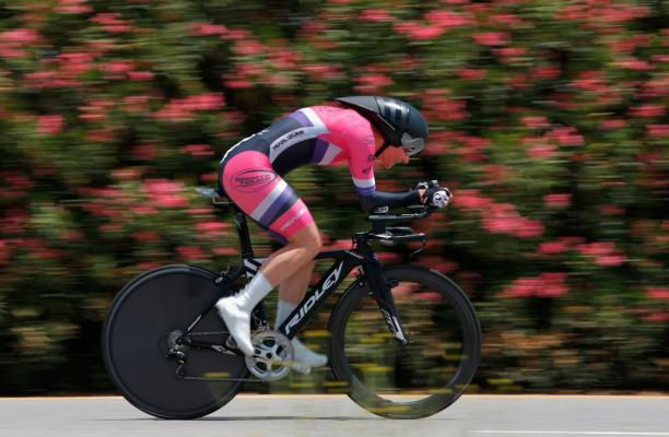 Dame Sarah Storey of Great Britain races in the women's individual time trial at the 2015 Amgen Tour of California on May 15, 2015 in Valencia, California.
