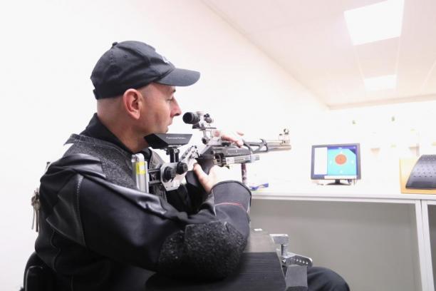 Para-Shooter Michael Johnson