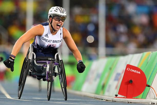 Hannah Cockroft of Great Britain competes in the Women's 800m - T34