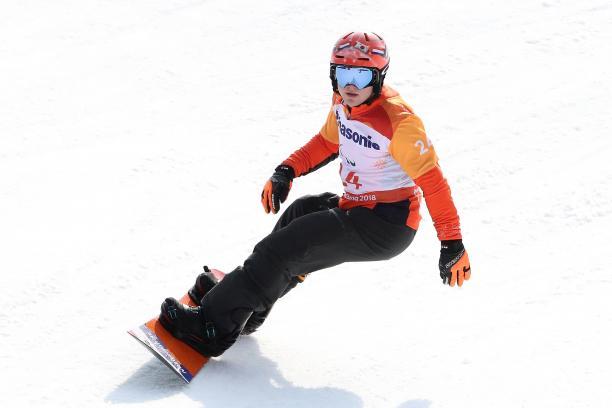 male Para snowboarder Chris Vos