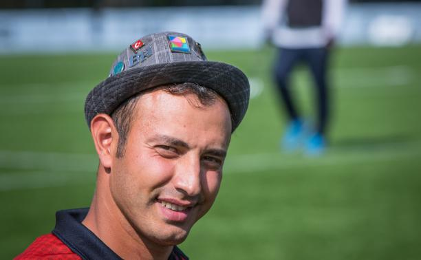 Photo portrait of Turkish male archer with a hat on