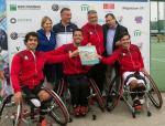 Spaniard men's team celebrates after winning the 2018 World Team Cup European Qualification