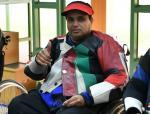male Para shooter Abdullah Sultan Alaryani gives a thumbs up